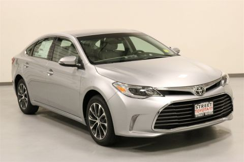 New 2018 Toyota Avalon XLE FWD 4dr Car