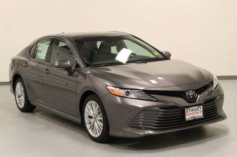 New 2018 Toyota Camry XLE V6 FWD 4dr Car
