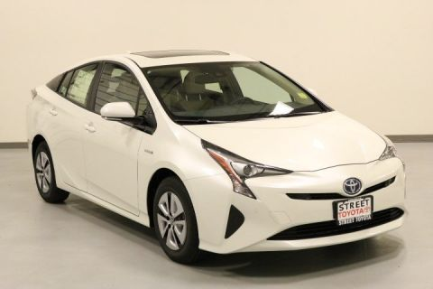 New 2017 Toyota Prius Four With Navigation