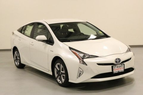 New 2017 Toyota Prius Four Touring With Navigation