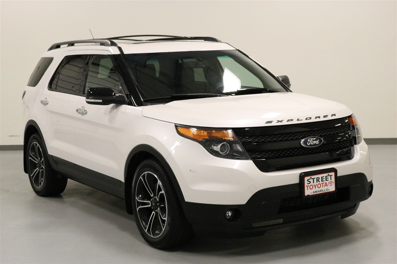 pre owned 2014 ford explorer for sale in amarillo tx 44070a. Black Bedroom Furniture Sets. Home Design Ideas