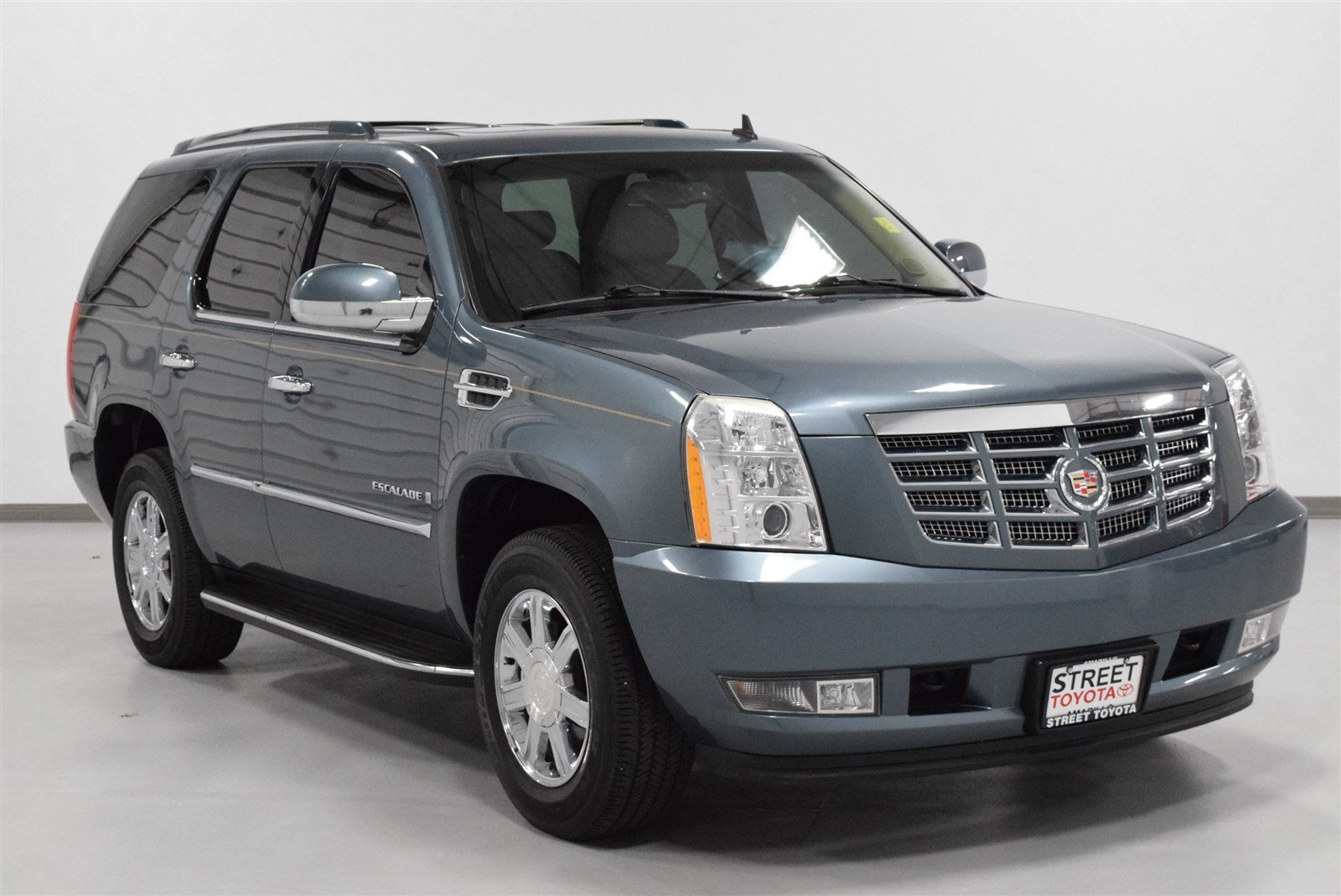 cadillac premium vehicledetails buick strickland on brantford chevrolet s used gmc at owned for escalade pre sale