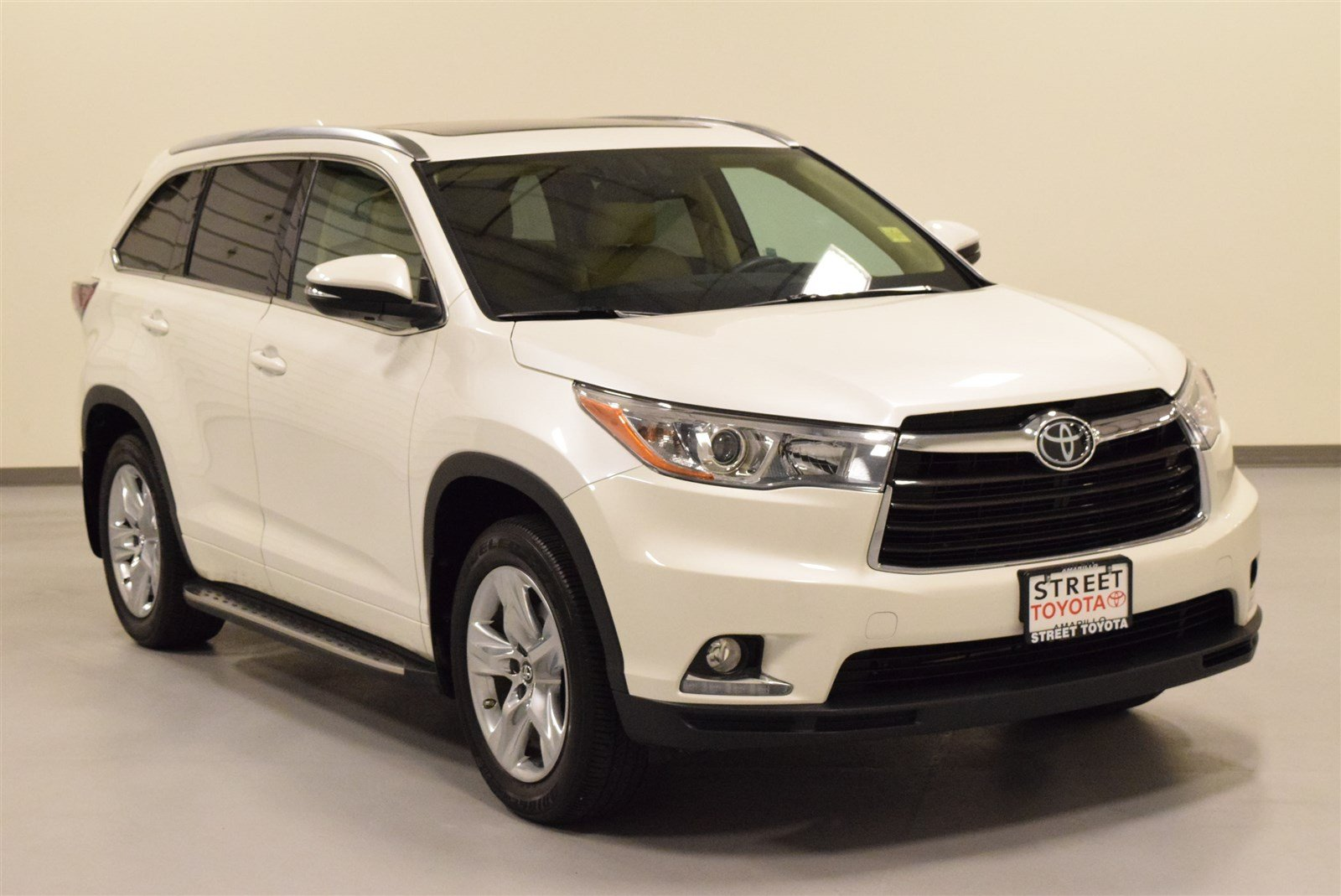 certified pre owned 2016 toyota highlander for sale in amarillo tx 44049c. Black Bedroom Furniture Sets. Home Design Ideas