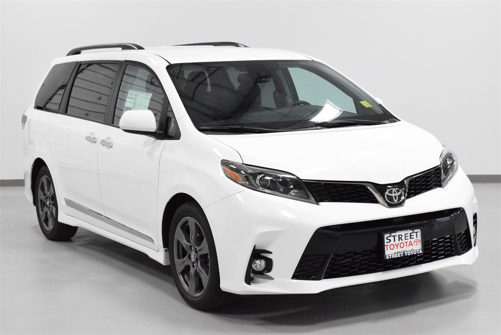 new 2018 toyota sienna for sale in amarillo tx 19305. Black Bedroom Furniture Sets. Home Design Ideas