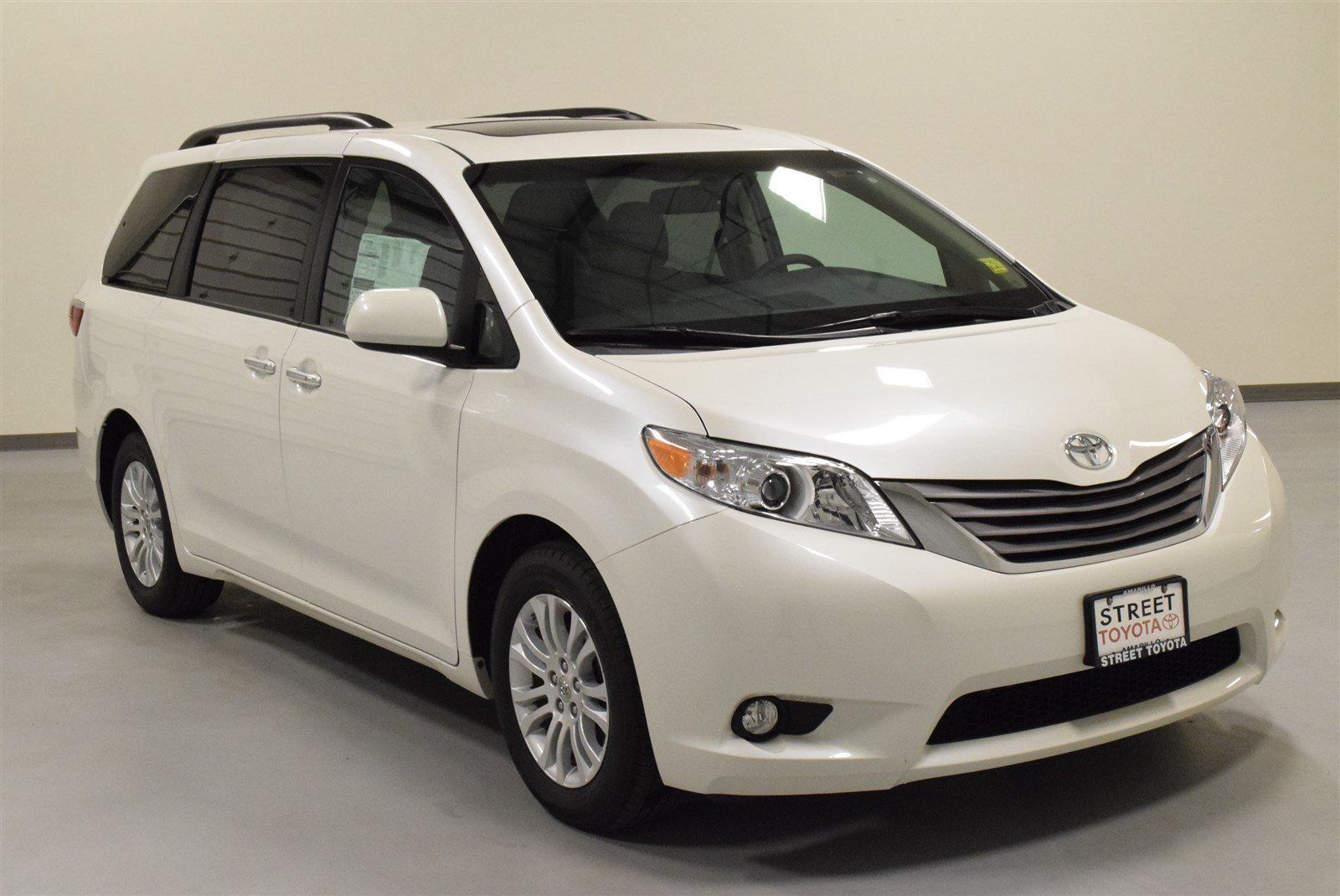 new 2016 toyota sienna for sale in amarillo tx 15931. Black Bedroom Furniture Sets. Home Design Ideas