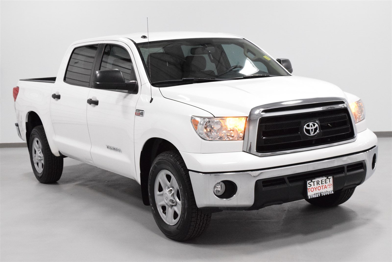 certified used 2013 toyota tundra crew 2wd v8 5 7 s for. Black Bedroom Furniture Sets. Home Design Ideas