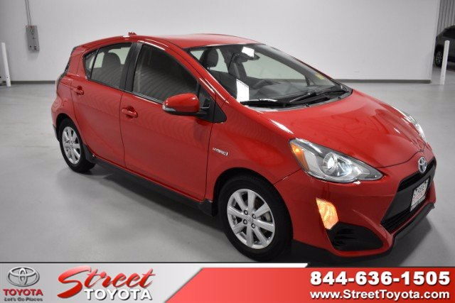 Certified Pre-Owned 2017 Toyota Prius c