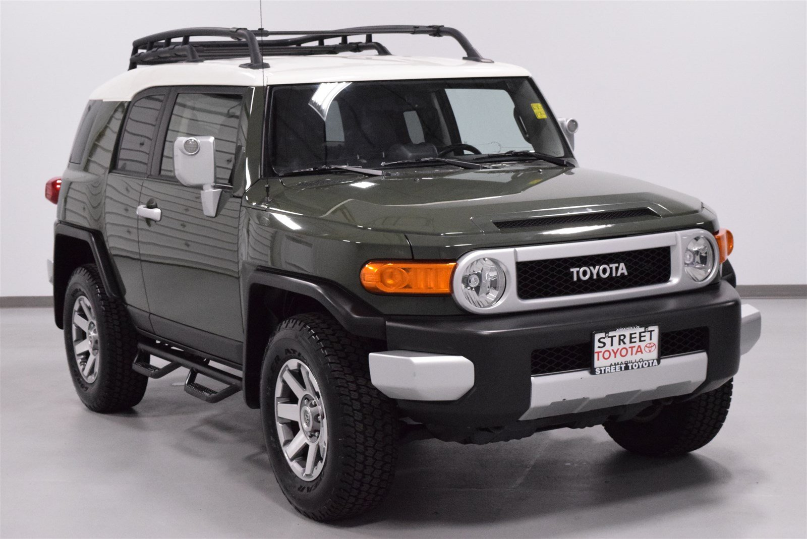 certified used 2014 toyota fj cruiser 4dr 4wd at for sale amarillo tx 44260b. Black Bedroom Furniture Sets. Home Design Ideas