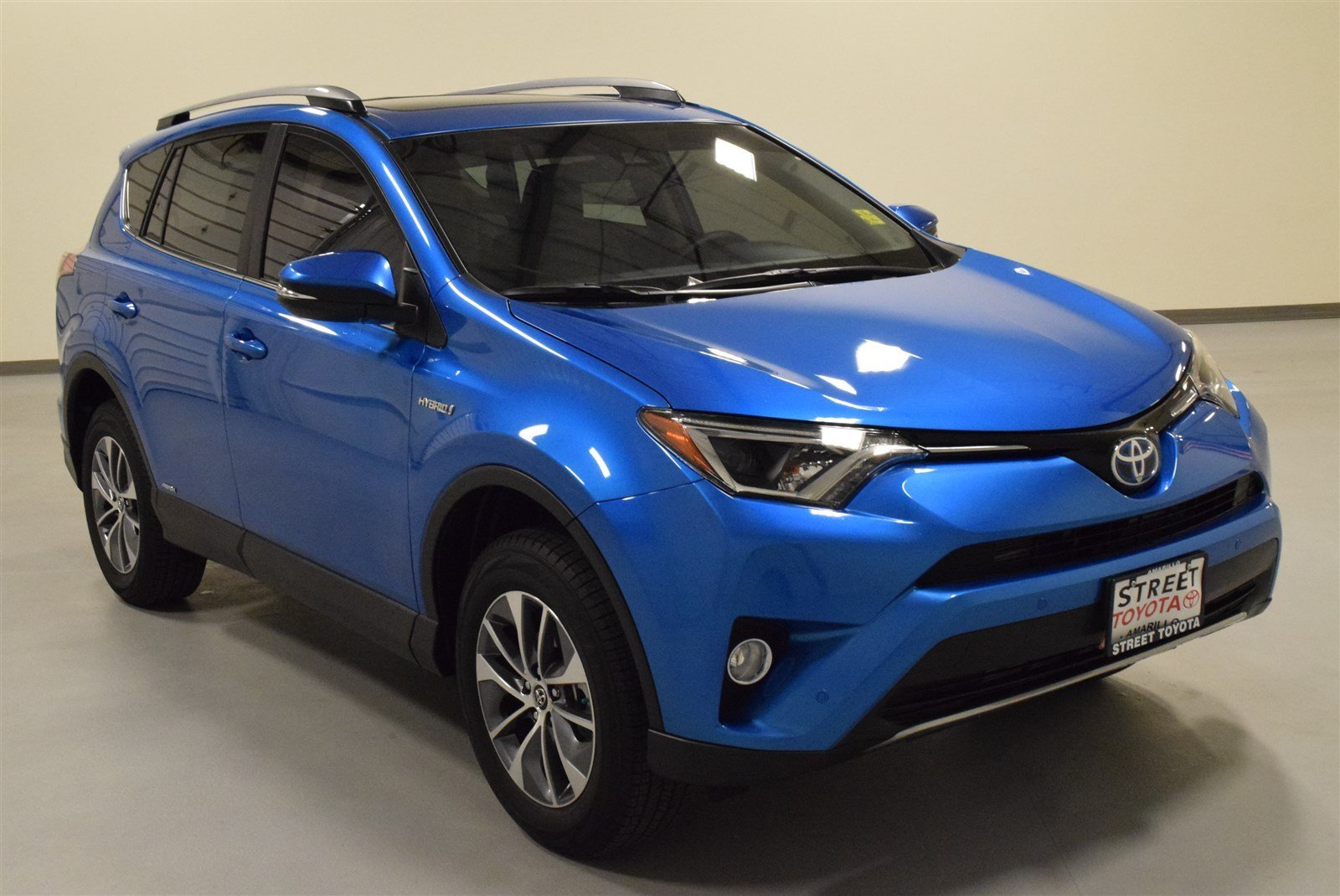 new 2017 toyota rav4 hybrid for sale in amarillo tx 17188. Black Bedroom Furniture Sets. Home Design Ideas