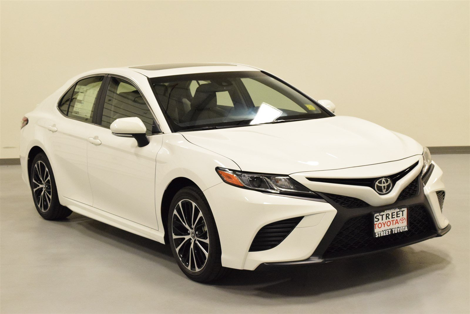 new 2018 toyota camry for sale in amarillo tx 18410. Black Bedroom Furniture Sets. Home Design Ideas